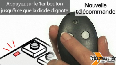 Appuyez sur un bouton sur le devant de la télécommande pour l'enregistrer